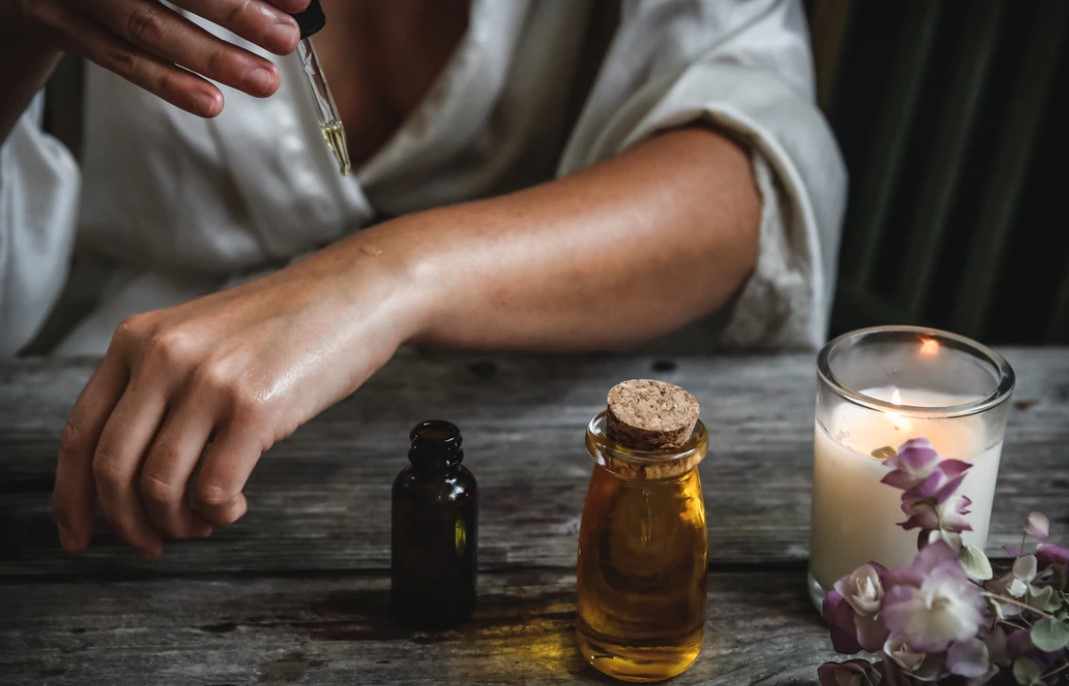 How to Use Essential Oils Without a Diffuser