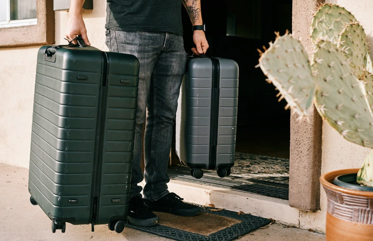 5 Best Checked Luggage for Frequent Flyers