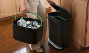 Best Trash Cans for Odor Control in Your Kitchen