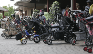 Twin Strollers for Newborns